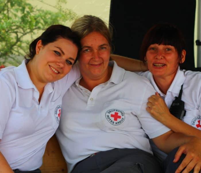Drei Helferinnen am Challenge